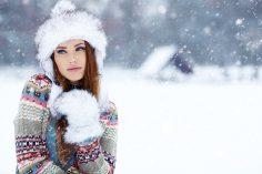 Niezbedny element zimowej stylizacji – czapka