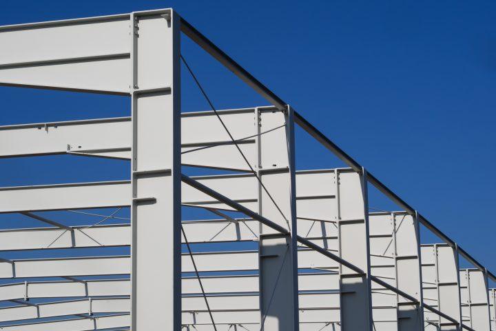 Słupowo-ryglowe konstrukcje stalowe