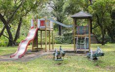 Wakacje w ogrodzie – jak zorganizować czas dzieciom?